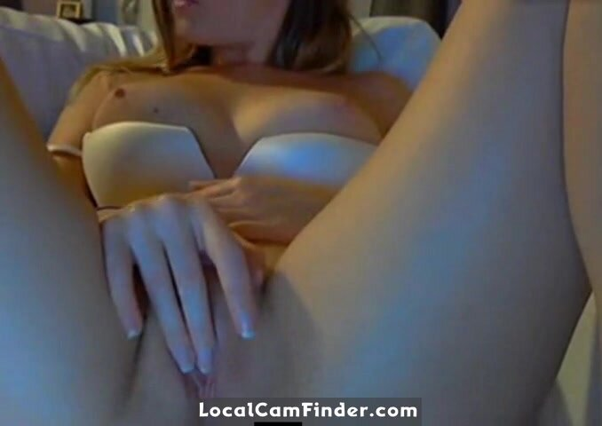 Blonde with great tits rubs one or two out on cam 2