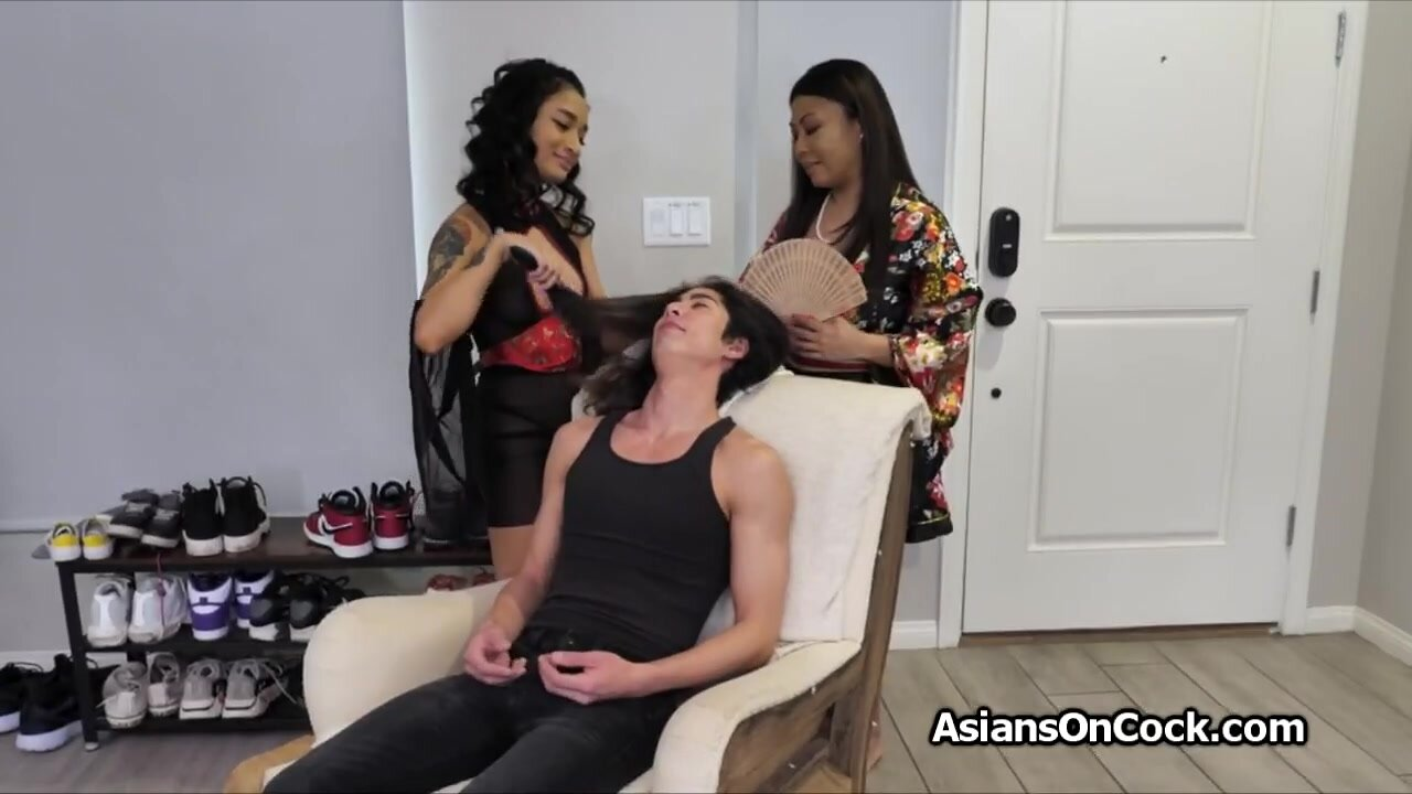 Asian oily threesome cock sharing massage